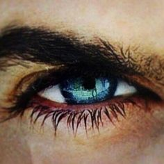 Ian Somerhalder. You could get lost in those eyes...
