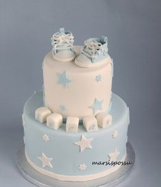 Marsispossu: Ristiäiskakku tähdillä, Christening cake with stars