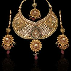 Bridal exclusive uncut necklace set