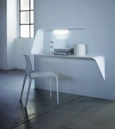 """Ça ne me dérangerait absolument pas d'avoir ce magnifique bureau !!!! Pas vous ?!  MAMBA desk - MDF Italia - 53""""w x 16""""d x 37""""h $1,480"""