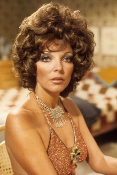 "serafino-finasero: ""Joan Collins guest starring in the television series Orson Welles' Great Mysteries (UK, in the episode The Dinner Party Dame Joan Collins, Jackie Collins, British Actresses, Actors & Actresses, Hollywood Actresses, British Celebrities, Mystery Tv Shows, Der Denver Clan, Katharine Ross"