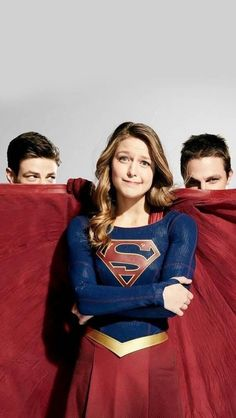 My fav superheroes Flash E Supergirl, Melissa Supergirl, Supergirl Comic, Super Hero High, Dc Super Hero Girls, Batwoman, Foto Flash, Series Dc, Vw California T6