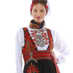 Bilderesultat for raudtrøyebunad fra telemark Nordic Goddesses, Beautiful Norway, Costumes Around The World, Holland, Folk Clothing, Folk Costume, Summer Outfits Women, Ethnic Fashion, Traditional Dresses