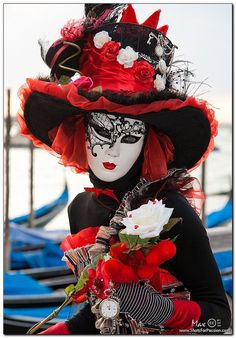 Venice, Carnival 2011: The Red Queen - Crimson hearts 2 by Shots For Passion, via Flickr