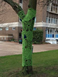 Doily trees for Aston University, Birmingham. Tweeted by @stitchesandhos Aston University, Birmingham Uk, Street Art, Projects To Try, Artsy, Trees, Outdoor Structures, Tree Structure, Wood