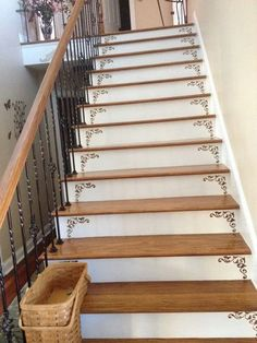 Stenciled stairs with wrought iron altbau Stenciled Stairs, Painted Stairs, Attic Renovation, Attic Remodel, Interior Design Living Room Warm, Staircase Makeover, Stair Decor, Stair Railing, Banisters