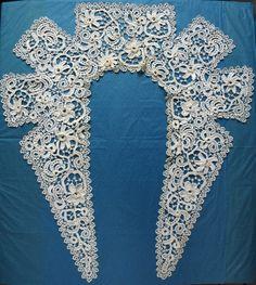 Antiq Collar Irish Lace