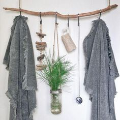 Katie Loves …no-build home decor projects, like this hanging branch shelf with twine S-hooks for your bathroom. Photo: Whitney Lee Morris & Monica Wang via Domino Diy Inspiration, Bathroom Inspiration, Interior Inspiration, Small Space Living, Small Spaces, Diy Home Decor, Room Decor, Branch Decor, Bathroom Essentials