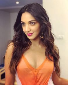 These sexy Kiara Advani boobs pictures will bring a big grin on your face. We have seen Kiara Advani boobs […] Bollywood Girls, Bollywood Actress Hot, Beautiful Bollywood Actress, Most Beautiful Indian Actress, Indian Celebrities, Bollywood Celebrities, Beautiful Celebrities, Beautiful Actresses, Kiara Advani Hot