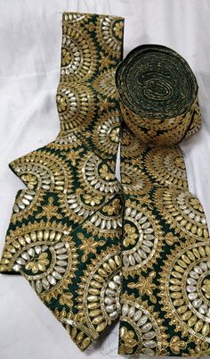 Green Gotta Pati Work Lace (9 mtrs)     #gotapattiworkborder#sareeborder#border#lace# Crystal Embroidery, Gold Embroidery, Hand Embroidery Designs, Embroidered Lace, Afghan Clothes, Afghan Dresses, Rajasthani Art, Border Embroidery, Saree Border