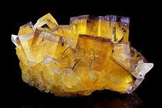 Fluorite | #Geology #GeologyPage #MineralLocality: East Green Mine, Saline Mines, Cave-In-Rock, Illinois - Kentucky Fluorspar District, Hardin Co., Illinois, USASize: 8.2 x 4.9 x 4.3 cm Photo Copyright © Anton Watzl MineralsGeology Pagewww.geologypa...