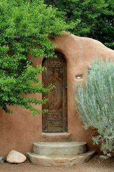 Santa Fe, New Mexico ~ Beautiful Doors Chillout Zone, Fachada Colonial, New Mexico Style, Santa Fe Nm, Santa Fe Style, Adobe House, Land Of Enchantment, Southwest Style, Southwest Decor