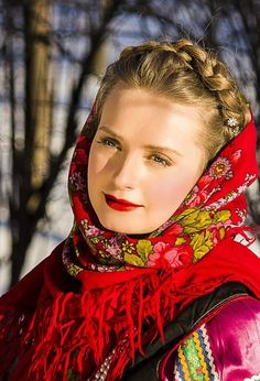 Beautiful girl in Russian Pavlovsky Posad shawl.