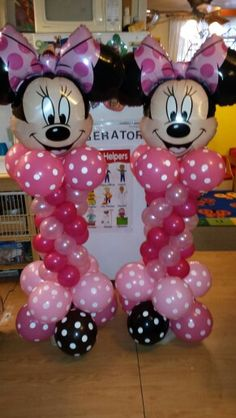 Minnie Mouse balloon mini Pillars kids parties. Minnie Mouse theme. Www.umojaevents.com or 646-522-9869. Minnie Mouse Balloons, Minnie Mouse Theme, Mickey Mouse, Balloon Display, Balloon Decorations, Birthday Fun, Birthday Ideas, Balloon Pillars, Babyshower