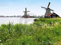 Moinhos De Vento Holandeses Imagem de Stock - Imagem: 15695571