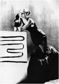 Charles James couture, photograph Eliot Elisofon, Fashion Guild Award, october 1950, ©copyright LIFE magazine, 1950.
