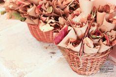 Zahradní a krajinářská architektura, zakázková floristika - Letem květem #svatba #svatbapraha #svatbaceskarepublika #svatebnikvetinypraha #svatebnidekorace #svatebnikytice #korsaz #weddingflower #weddingbouquets #weddingdecoration  #flowerdecoration #yourweddingday #letemkvetem Wicker Baskets, Home Decor, Decoration Home, Room Decor, Home Interior Design, Home Decoration, Woven Baskets, Interior Design