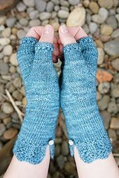 Ravelry: Felicity Mitts pattern by Cloud House Studio | free fingering weight knitting pattern