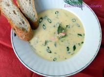 Rețetă Supă cremă de somon Cheeseburger Chowder, Favorite Recipes, Supe, Drink, Cream, Beverage, Drinking