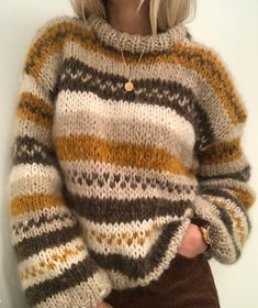 My fall sweater pattern by Siv Kristin Olsen This is an easy knit sweater, where you may use the colours that you like. This is a small model, but you may knit it as a long version if you like. Knitting Patterns Free, Free Knitting, Vogue Knitting, Sweater Patterns, Knitting Machine, Sewing Patterns, Loose Sweater, Mohair Sweater, Fall Sweaters