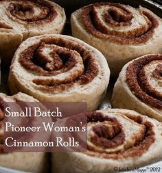 Small Batch Pioneer Woman's Cinnamon Rolls - forget the canned rolls! These are too good to go back to non-homemade ever again! I used my bread machine to do the hard work and they turned out perfect. Pioneer Woman Cinnamon Rolls, Breakfast Recipes, Dessert Recipes, Breakfast Casserole, Breakfast Ideas, Breakfast Dishes, Food Network Recipes, Cooking Recipes, Bread Recipes
