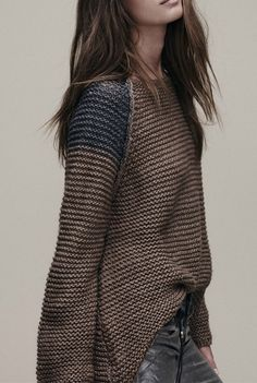 Tired of solid look? This color block pullover sweater can make you stand out in the crowd.Come to AZBRO.COM to buy it. Mode Style, Style Me, Vetements Clothing, Cooler Look, Moda Boho, Mode Inspiration, Pulls, Dress Me Up, Fashion Outfits