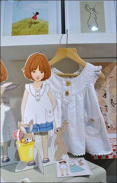 BELLE AND BOO! are paperdolls to cut and dress!!