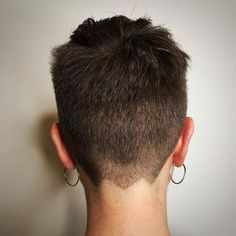 Loads of tumblrs talk about pixie cuts, and show all sorts of images they claim are pixies. This...