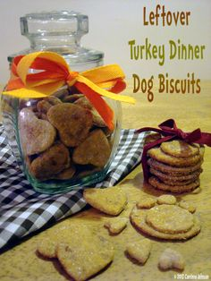 Homemade Leftover Turkey Dinner Dog Biscuits made with turkey, yams or sweet potatoes and cranberries. #dogs #cookies #biscuits #treats