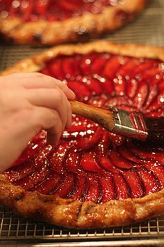 strawberry tart - chez panisse >> I want to eat this right now!