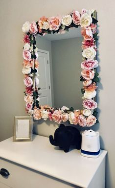 Girls Bedroom Furniture Diy Mirror Ideas For 2019 Girl Room, Girls Bedroom, Bedroom Decor, Bedroom Ideas, Bedroom Furniture, Bedrooms, Bathroom Vanity Decor, Bathroom Black, Paint Bathroom