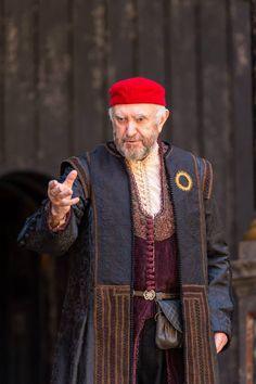Jonathan Price as Shylock in Merchant of Venice (Shakespeare's Globe 2015) © Manuel Harlan