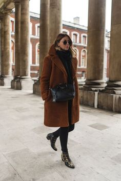 winter business outfits to be the fashionable woman in your office 40 ~ my. winter business outfits to be the. Winter Coat Outfits, Cute Spring Outfits, Winter Fashion Outfits, Look Fashion, Stylish Outfits, Autumn Winter Fashion, New York Winter Outfit, New York Winter Fashion, Spring Fashion