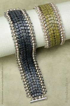 Bracelet of 4mm cubes and pearls (Russian instructions, be creative ...)