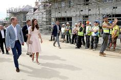キャサリン妃とセルフィーを撮った建設作業員が話題に