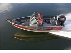 Lund 2015 1775 Impact - Lund's 1775 Impact aluminum fishing boats are sure to make a positive impact on your musky (muskie), walleye, crappie, or bass fishing experience. Constructed at almost 18 foot with two livewells, center rod storage, and large casting decks, these new Lund 1775 Impacts are the perfect boats for you.