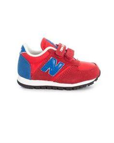 Zapatillas New Balance 420 Rojo, Disfruta de estas zapatillas para tus hijos en la mejor época del año #zapatillas #niño #tiendaonline #moda #niños #modainfantil