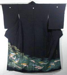 Elegant Swimming Colored Carp Design Kurotomesode Kimono