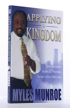 [BOOK] In Applying the Kingdom, the third book in his Kingdom series, Dr. Myles Munroe makes the case that the key to abundant living is found in establishing priorities in one s life and living by them. Topping his list is the priority, Kingdom First!  #MylesMunroe #Christian #KingdomOfGod #Priority