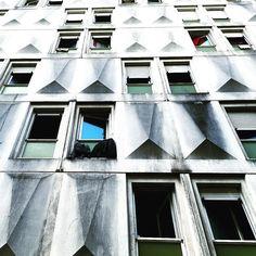 #concrete #perspective #architecture