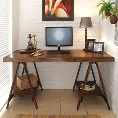 Trestle desks are not only spacious and stylish, they are also easy to make and perfect for any study, studio or student's room. http://www.easydiy.co.za/index.php/make/592-easy-diy-trestle-desk