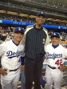Don Mattingly- KAJ - Davey Lopes pic.twitter.com/X6m2KPvByb Baseball Guys, Major League Baseball Teams, Baseball Star, Dodgers Baseball, Football, Sandy Koufax, Kareem Abdul Jabbar, Dodgers Fan, Dodger Blue