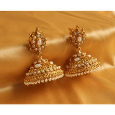 Find wide range of fashion jewellery, imitation, bridal, artificial, beaded and antique jewellery online. Buy imitation jewellery online from designers across India. Indian Jewelry Earrings, Jewelry Design Earrings, Gold Earrings Designs, Ear Jewelry, Girls Earrings, Fashion Earrings, Fashion Jewelry, Jhumka Designs, Pearl Earrings