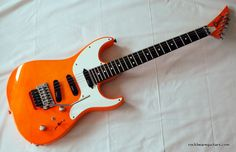 "Jeff Beck ""Ambitious"" Jackson Charvel Spectrum in Fluo Orange!"
