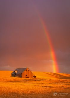 simplynorule: Barn and Rainbow, Palouse (by Chip Phillips)