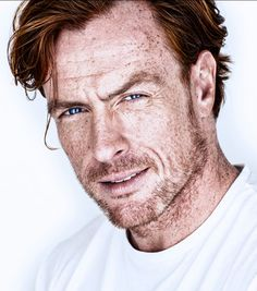 Toby Stephens Boards 2018 Netflix 'Lost in Space' Series British Men, British Actors, Captain Flint, Toby Stephens, Ginger Men, Ginger Snap, Black Sails, Star Wars, Lost In Space