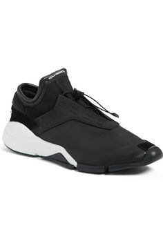 2c4497444a21e9  Future Low  Sneaker (Men) available at