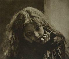 Robert Demachy   Mignon, Photogravure, 1900