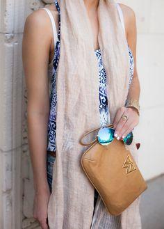 Summer - The Darling Detail #KellyWynne #RiskyBizWristlet #Camel