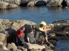 Skimming Stones near Coastal View Cottage. Skimming Stone, Self Catering Cottages, Outer Hebrides, Skiing, Beach House, Sons, Coastal, Father, Couple Photos